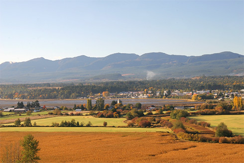 Showing slide 1 of 10 in image gallery, Comox
