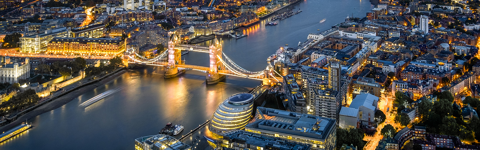 London landscape and night