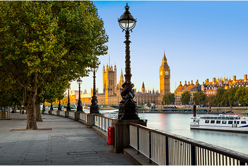 Showing slide 6 of 16 in image gallery, River Thames with Big Ben and Palace of Westminster in background