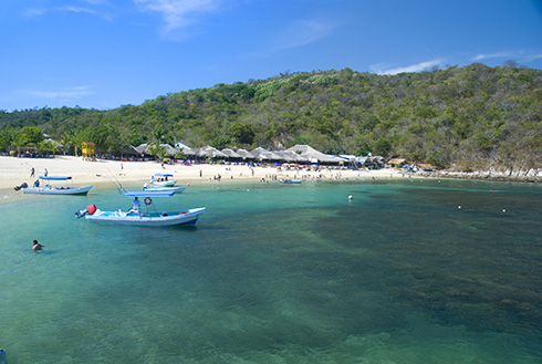 Showing slide 8 of 8 in image gallery, Beach front view in Huatulco