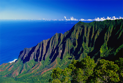 Showing slide 22 of 41 in image gallery, Scenic view from Kalalau Lookout, Wainiha, Kauai