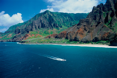 Showing slide 31 of 41 in image gallery, Pleasure boat, Napali Coast, Kauai