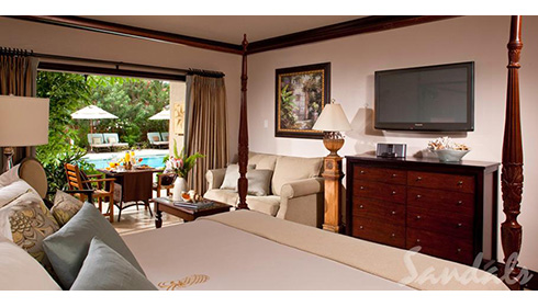 Caribbean Honeymoon Grande Luxe Poolside Walkout Room (WGL)