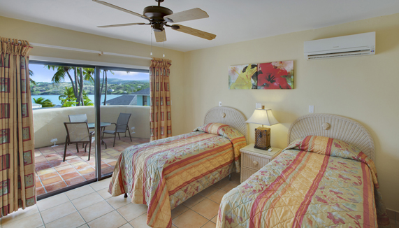 Showing slide 3 of 7 in image gallery showcasing 2 Bedroom Villa