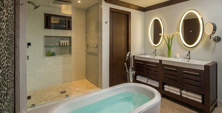 Showing slide 2 of 2 in image gallery showcasing South seas crystal lagoon club level barbados suite w/balcony tranquility soaking tub (SSLB)