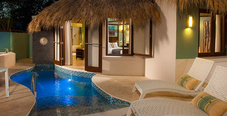 Showing slide 2 of 3 in image gallery showcasing South seas Royal rondaval butler suite w/private pool sanctuary (RPP)