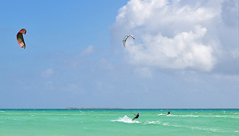 Showing slide 18 of 25 in image gallery, Kite surfing