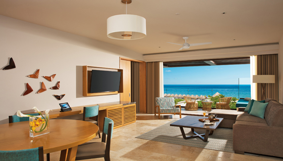 Showing slide 2 of 3 in image gallery, Preferred Club Master Suite Ocean View - Living room
