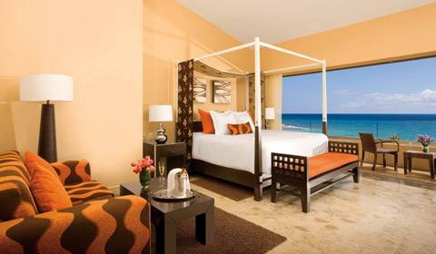Showing slide 9 of 14 in image gallery, Dreams Puerto Aventuras Resort and Spa - Rooms - Deluxe Room