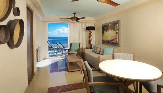 Showing slide 3 of 4 in image gallery showcasing Master 1 Bedroom Suite Oceanview