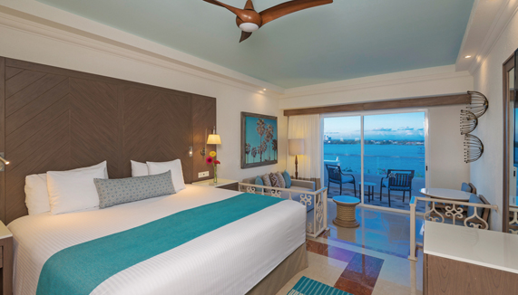 Showing slide 1 of 3 in image gallery showcasing Premium Junior Suite Ocean View