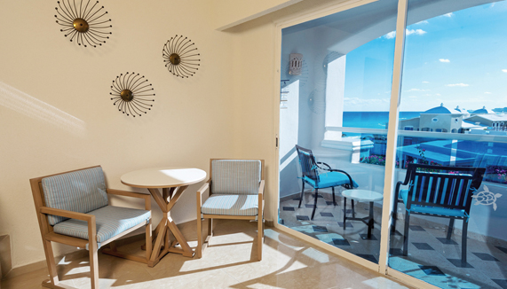 Showing slide 2 of 2 in image gallery showcasing Junior Suite Oceanview