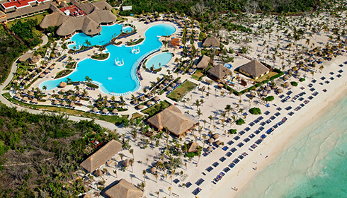 Showing Grand Palladium Kantenah Resort and Spa feature image