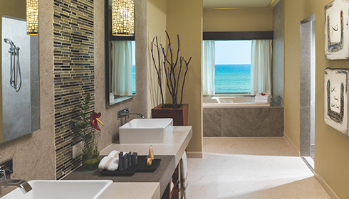 Showing slide 5 of 5 in image gallery showcasing Oceanfront 3 Bedroom Jacuzzi Suite