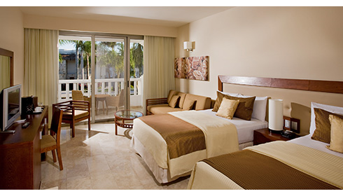 Showing slide 1 of 2 in image gallery, Junior Suite with double beds