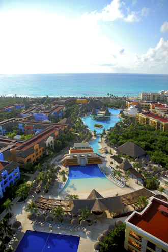 Showing IBEROSTAR Paraiso Lindo feature image