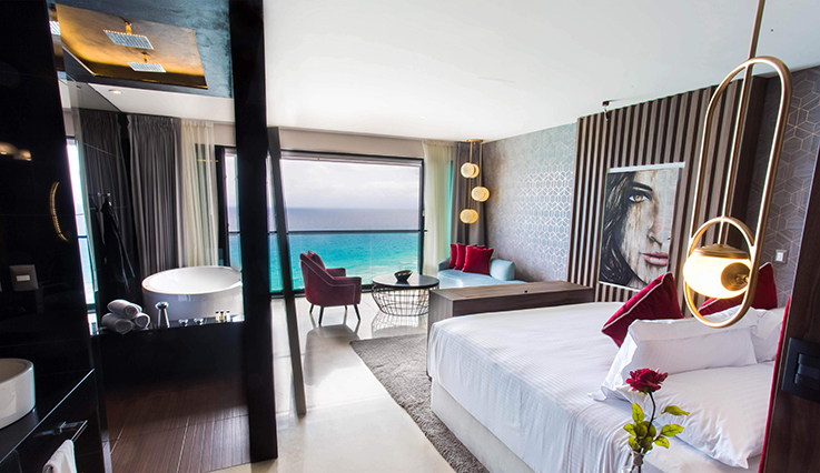 Signature Junior Suite Ocean Front