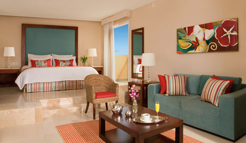 Image showcasing Junior Suite Tropical View