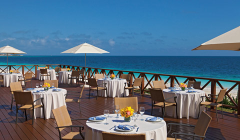 Showing slide 8 of 22 in image gallery, Now Sapphire Riviera Cancun - services - BlueWater Grill