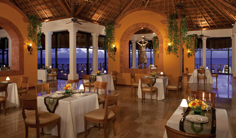 Showing slide 9 of 22 in image gallery, Now Sapphire Riviera Cancun - services - Market Cafe Restaurant