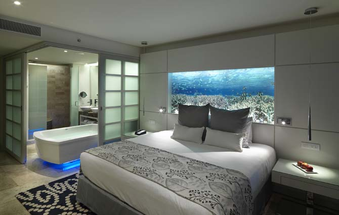 Showing slide 1 of 2 in image gallery showcasing Paradisus Junior Suite