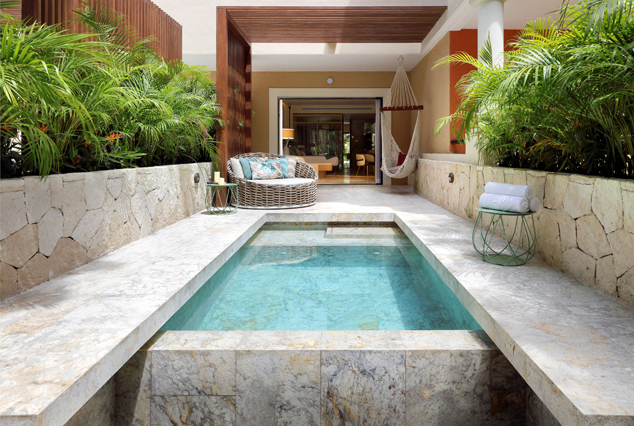 Showing slide 4 of 4 in image gallery showcasing Royal Junior Suite Private Pool
