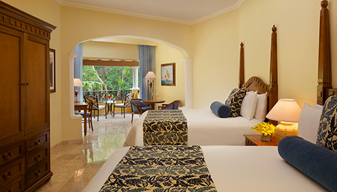 Showing slide 2 of 2 in image gallery, Preferred Club Junior Suite Tropical View 2 doubles