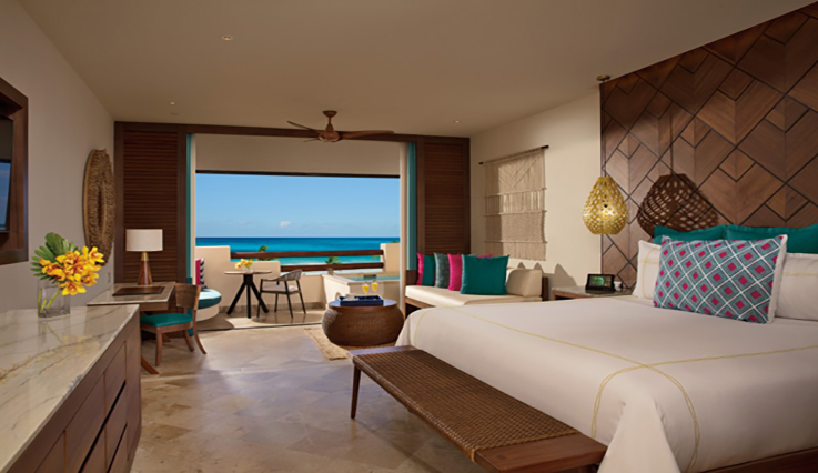 Image showcasing Preferred Club Junior Suite Ocean Front