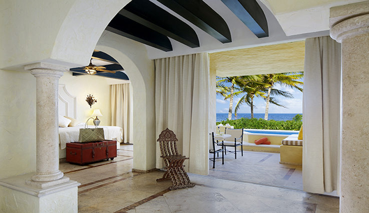 Showing slide 3 of 6 in image gallery, Romance Ocean Front 1 Bedroom Suite with Plunge Pool