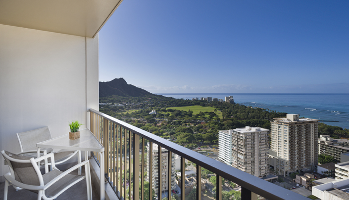 Showing slide 2 of 3 in image gallery showcasing 1 Bedroom Deluxe Ocean View