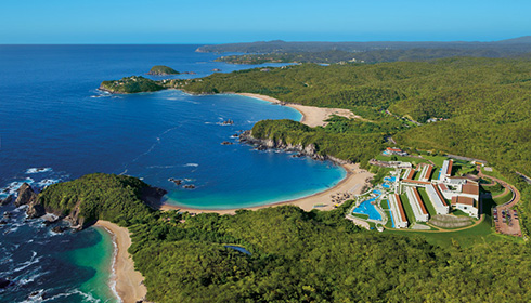 Showing Secrets Huatulco Resort & Spa feature image