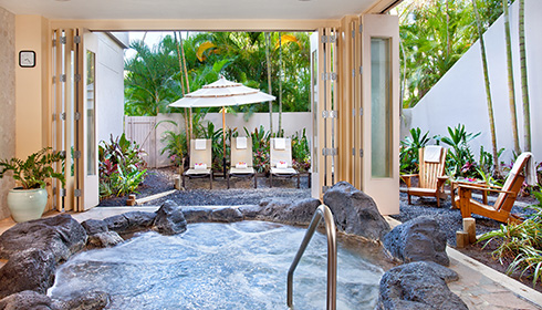 Showing slide 9 of 18 in image gallery for Hilton Waikoloa Village
