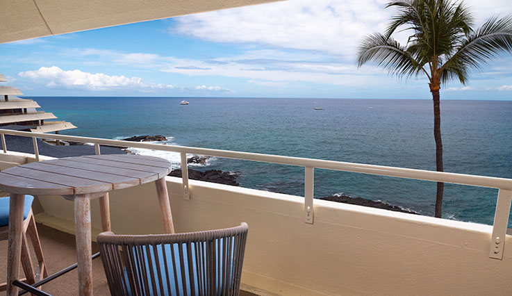 Showing slide 2 of 2 in image gallery, Deluxe Ocean Front Room