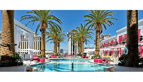 Showing slide 3 of 9 in image gallery, Drais Beachclub