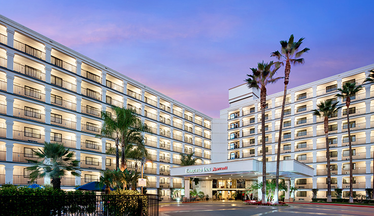 Showing Fairfield Inn Anaheim Resort feature image