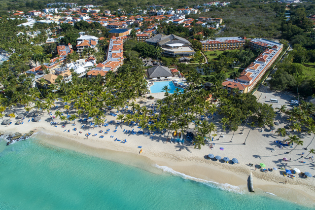 Showing Viva Wyndham Dominicus Palace feature image