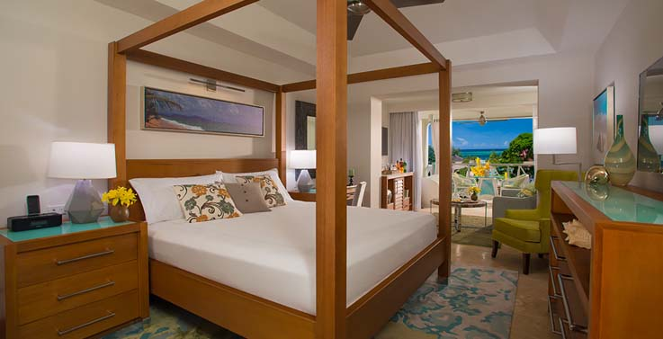 Image showcasing Crystal Lagoon Honeymoon Oceanview One-Bedroom Butler Suite with Balcony Tranquility Soaking Tub (OL1B)