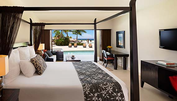 Image showcasing Preferred Club Junior Suite Ocean View Swim-Out