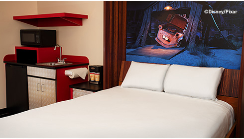 Cars Family Suite - Table Bed
