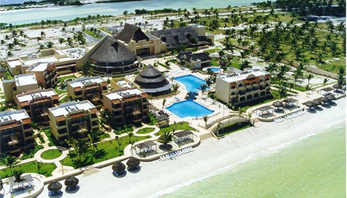 Showing Hotel Reef Yucatan Feature Image