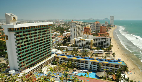 Showing El Cid Castilla Beach Hotel Mazatlan feature image