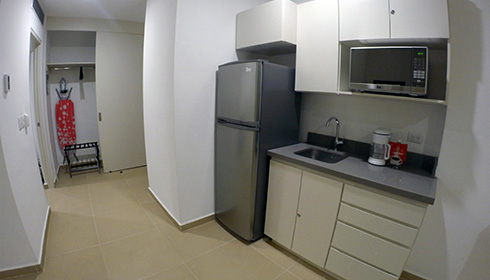 Showing slide 2 of 2 in image gallery, Junior Suite - kitchenette
