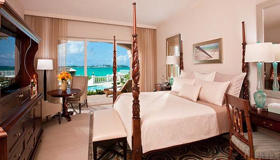 Image showcasing Balmoral Beachfront Walkout Butler Suite (BW)