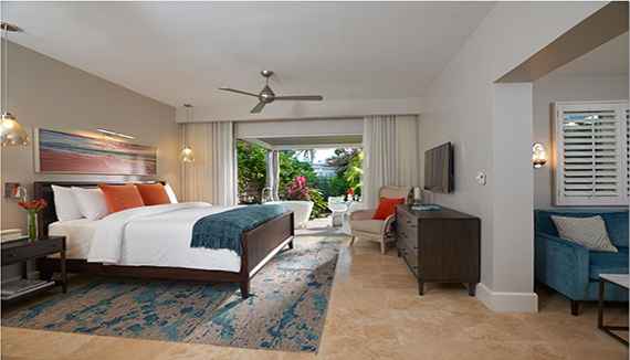 Image showcasing Romeo & Juliet One Bedroom Butler Villa Suite w/ Outdoor Tranquility Soaking Tub (RJ)