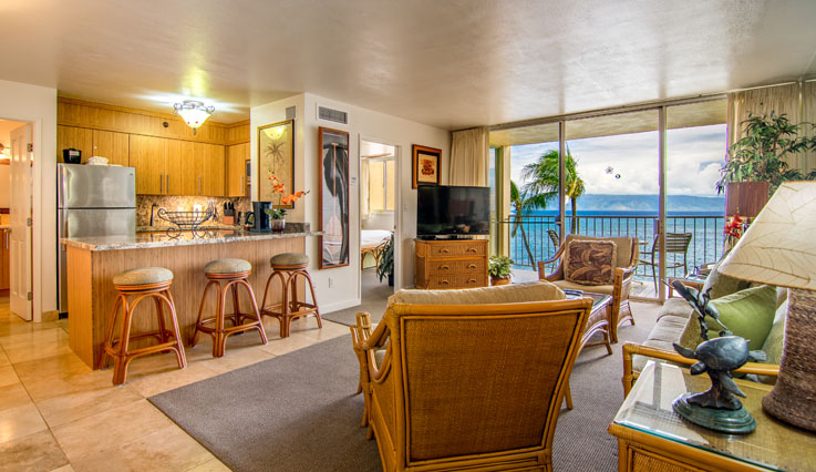 Showing slide 1 of 3 in image gallery, 1 Bedroom Ocean Front