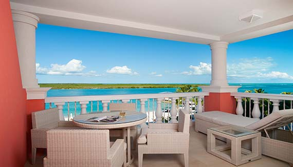 Showing slide 3 of 3 in image gallery showcasing One Bedroom Ocean Front Suite