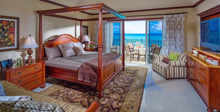 Image showcasing Italian Oceanfront Penthouse Concierge Family Suite with Kids Room (S2)