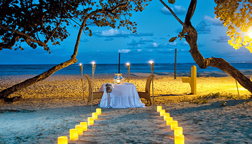 Showing slide 1 of 33 in image gallery, Romantic dinner on the beach