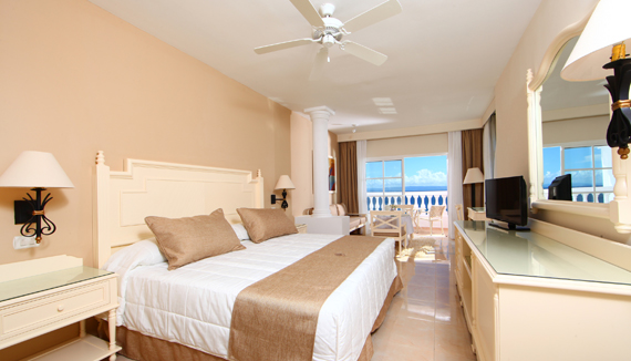 Showing slide 1 of 2 in image gallery showcasing Junior Suite Superior Sea View