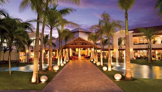 Showing slide 6 of 13 in image gallery for Dreams Palm Beach Punta Cana